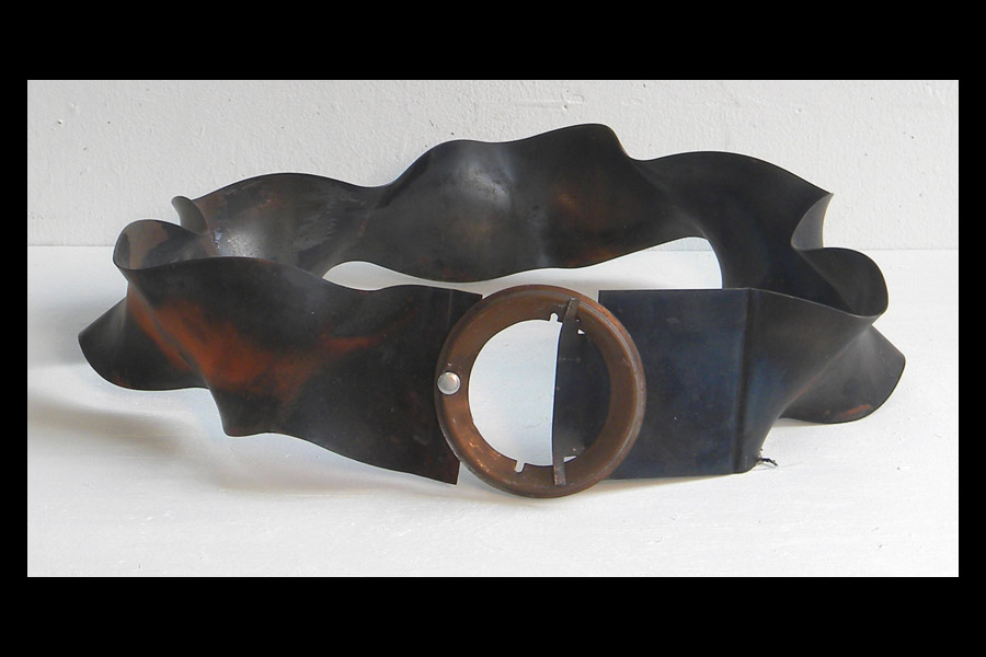 Belt; found steel, hardware; 2009